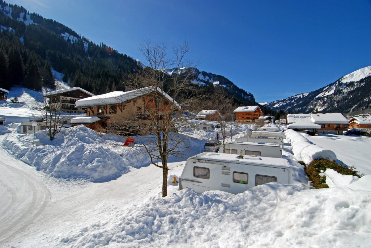 Camping en montagne un accueil chaleureux et convivial for Camping haute savoie piscine couverte