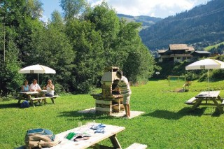 barbecue | camping l'oustalet | châtel