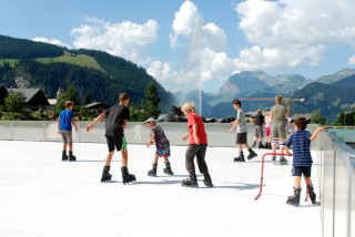 Synthetic skating rink | campsite l'oustalet | summer | Châtel
