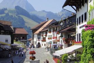 Medieval town of Gruyère | Switzerland | campsite l'Oustalet | Châtel