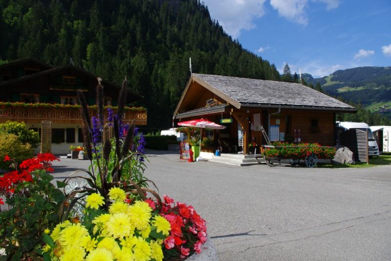 l'oustalet | hôtel de plein air | montagne en été | châtel | haute savoie