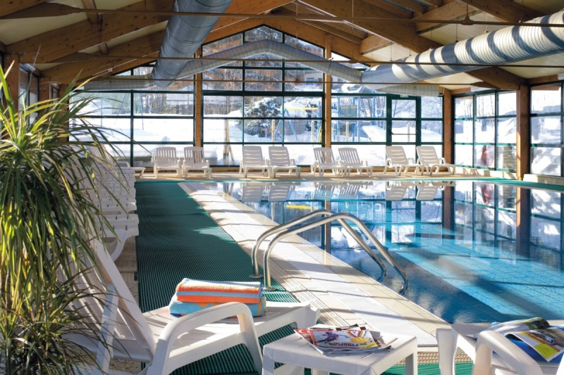 Heated indoor swimming pool | campsite l'Oustalet | 4 stars | Châtel | Haute-Savoie