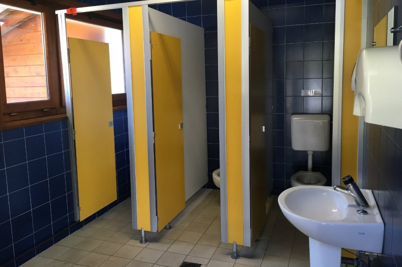 Toilets for men